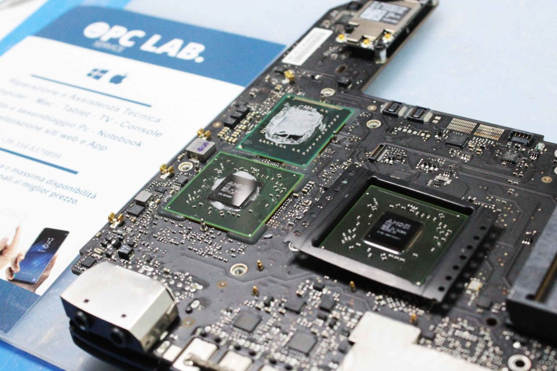 Reballing professionale Macbook Pro